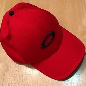 Red Oakley baseball hat
